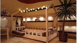Lit cabane Bella avec barrière 140 x 200cm